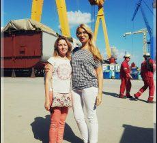 engineers, engineering, shipyard, hull
