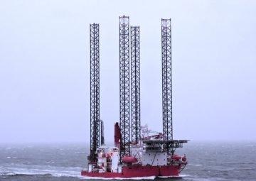 Jack-up vessel
